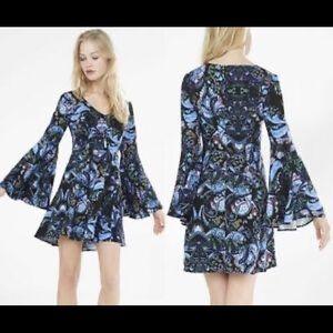 Express bell sleeve dress